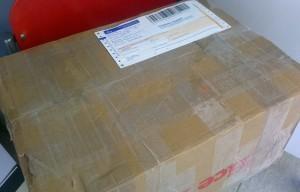 Tung låda klar för posten.